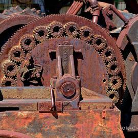 Gears/gears And Rust by Kae Cheatham