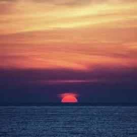 Good Night Sun by Flo Photography