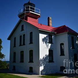 Grand Traverse Lighthouse  by Andrew Rakowski