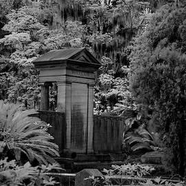 Grave in Georgia II