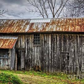 Janice Pariza - Gray Ohio Barn