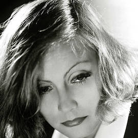 Greta Garbo by Thomas Pollart