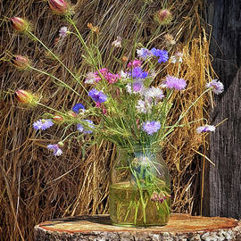 Hay Stack Bouquet by Norman Gabitzsch