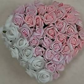 Taiche Acrylic Art - Heart Of Pink and White Roses