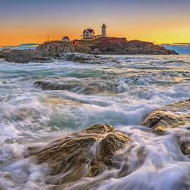 Kristen Wilkinson - High Tide at Cape Neddick Lighthouse