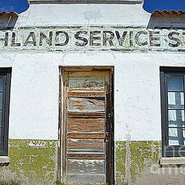 Highland Service by Tru Waters