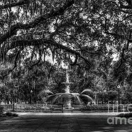 Reid Callaway - Historic Forsyth Park Fountain B W Forsyth Park Savannah Georgia Art