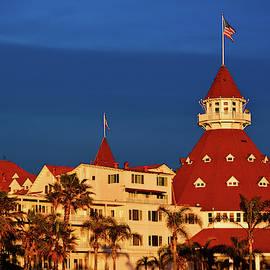 Hotel Del Coronado Sunset by Kyle Hanson