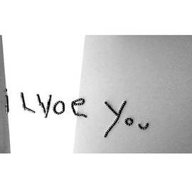 'i Lvoe you' by Beth Parin