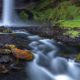 Iceland Hidden gem kvernufoss waterfall by Pierre Leclerc Photography