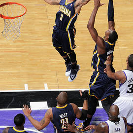 Indiana Pacers V Sacramento Kings by Rocky Widner