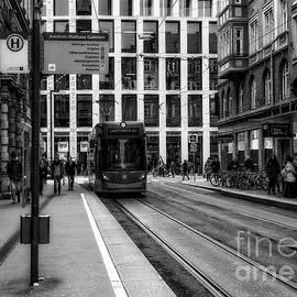 Innsbruck street by Flo Photography