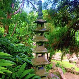 Kepaniwai Park in the Iao Valley by Melinda Baugh