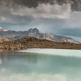 Laguna Huarapasca by DiFigiano Photography