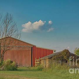 Late September Ohio Barn by Janice Pariza