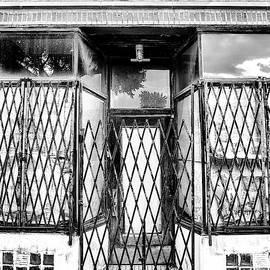 LOCKED DOWN Bucktown by William Dey