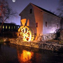 Loranger Gristmill by Michael Rucker