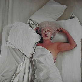 Marilyn Monroe beneath white sheets by Safir Rifas