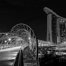 Marina Bay Sand Hotel by Tin Lung Chao