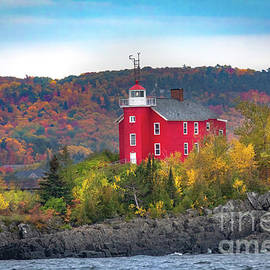 Marquette Harbor Lighthouse -7210 by Norris Seward