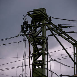 Mast Overhead Line Rail. by Anjo Ten Kate