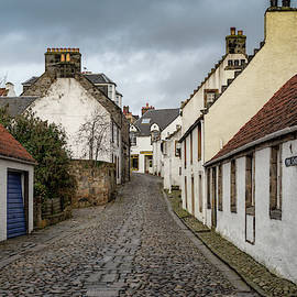 Mid Causeway by Ross G Strachan