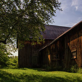 Miller Barn 1 by Heather Kenward