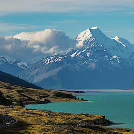 Mount Cook by Su Buehler
