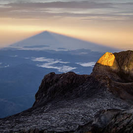 Mount Kinabalu Sunrise by Dave Bowman