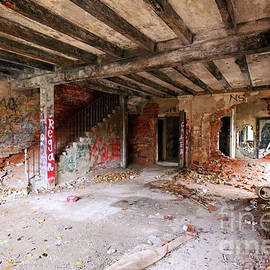 Steve Gass - Mudlavia Hotel Remains, Indiana