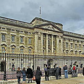 Near Buckingham Palace, London, UK  by Lyuba Filatova