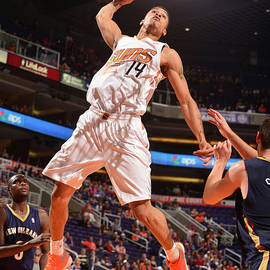 New Orleans Pelicans V Phoenix Suns by Barry Gossage