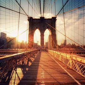 New York  Brooklyn Bridge Sunset by Philipp Klinger