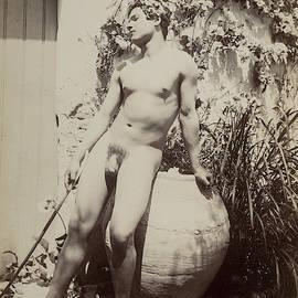 Guglielmo Pluschow - Nude Study-4
