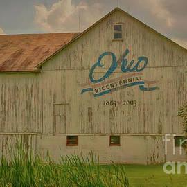 Ohio Bicentennial Barn by Janice Pariza