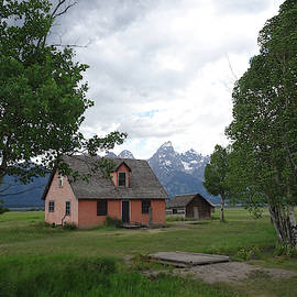 Old Homestead, Jackson Hole, Wyoming by Gordon Beck
