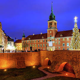 Old Town of Warsaw by Night by Artur Bogacki