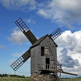 Old windmill by Ren Kuljovska