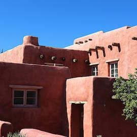 Painted Desert Inn, Arizona by Matt Richardson