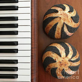Piano And Poppy Seed Swirl Sourdough 3 by Amy E Fraser