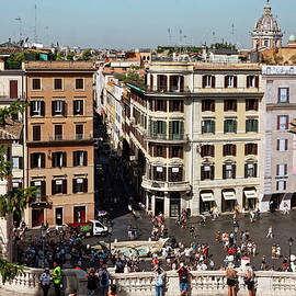 Piazza di Spagno Rome by Sally Weigand