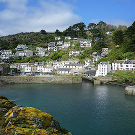 Polperro Harbour Cornwall by Richard Brookes