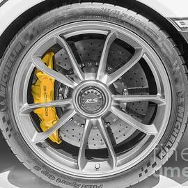 Porsche 911 Gt3rs Wheel by Stefano Senise