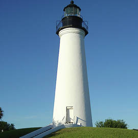 Port Isabel Lighthouse by Phyllis Taylor