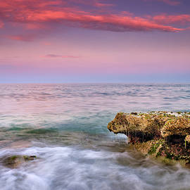 Purple sea. Mediterranean sunset by Guido Montanes Castillo