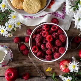 Raspberry Breakfast by Top Wallpapers