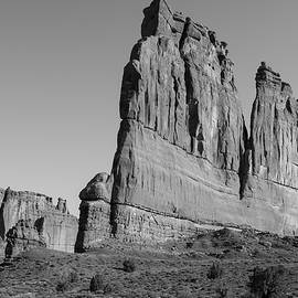 Razors Edge by Michael Monahan