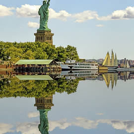 Reflections of Liberty by Geraldine Scull