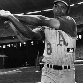 Reggie Jackson by Hulton Archive