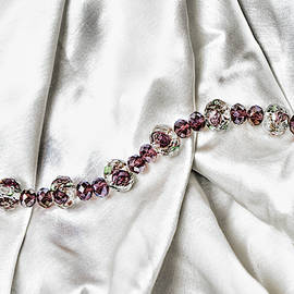 Rosie Beads by Sharon Popek
